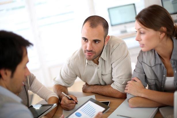 Software de gestão financeira: contratar um parceiro ou desenvolver dentro de casa?