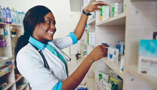 Como fazer a gestão de estoque para farmácias?