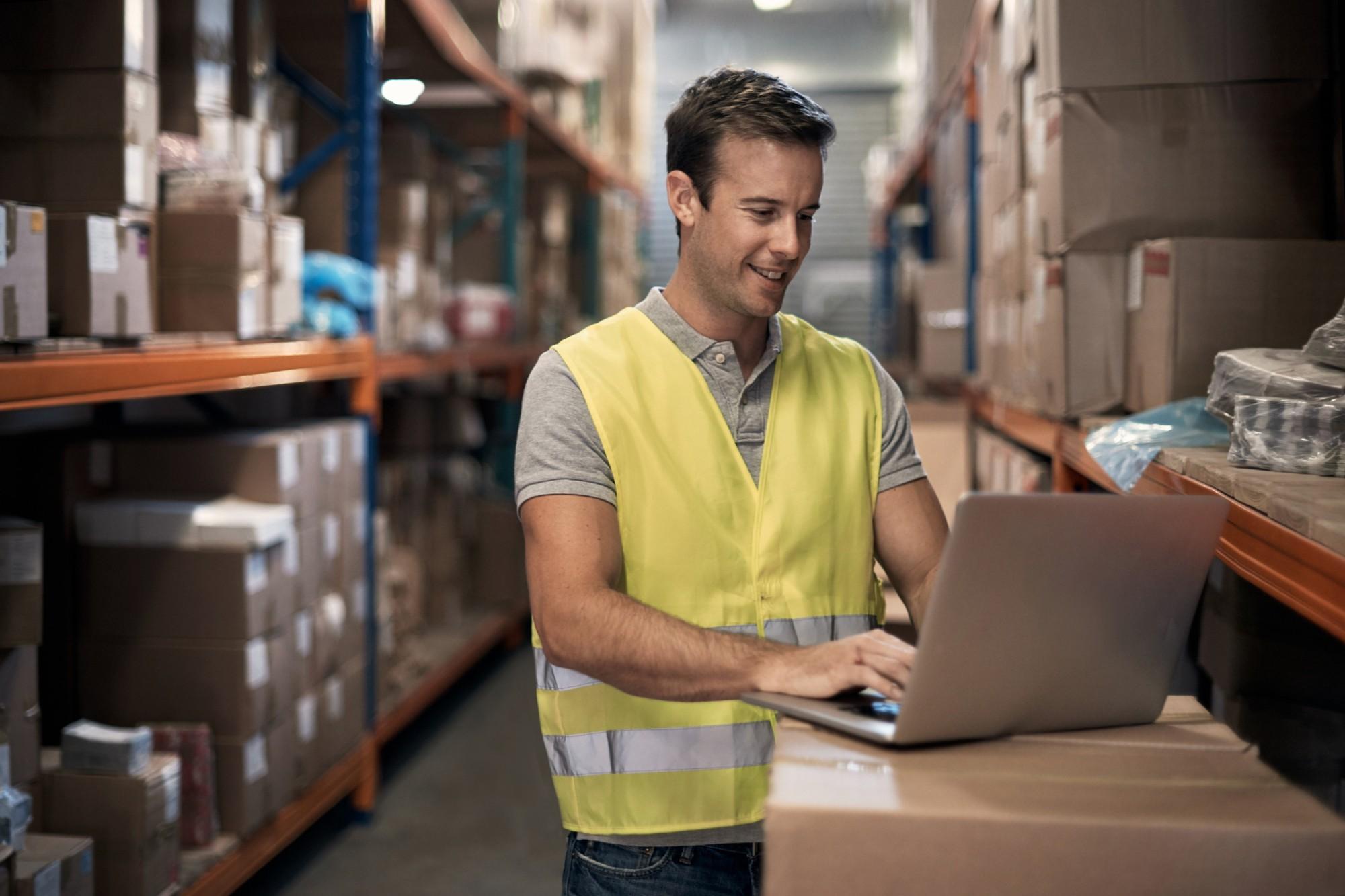 Tecnologia, distribuição e logística: como revolucionar processos da sua empresa