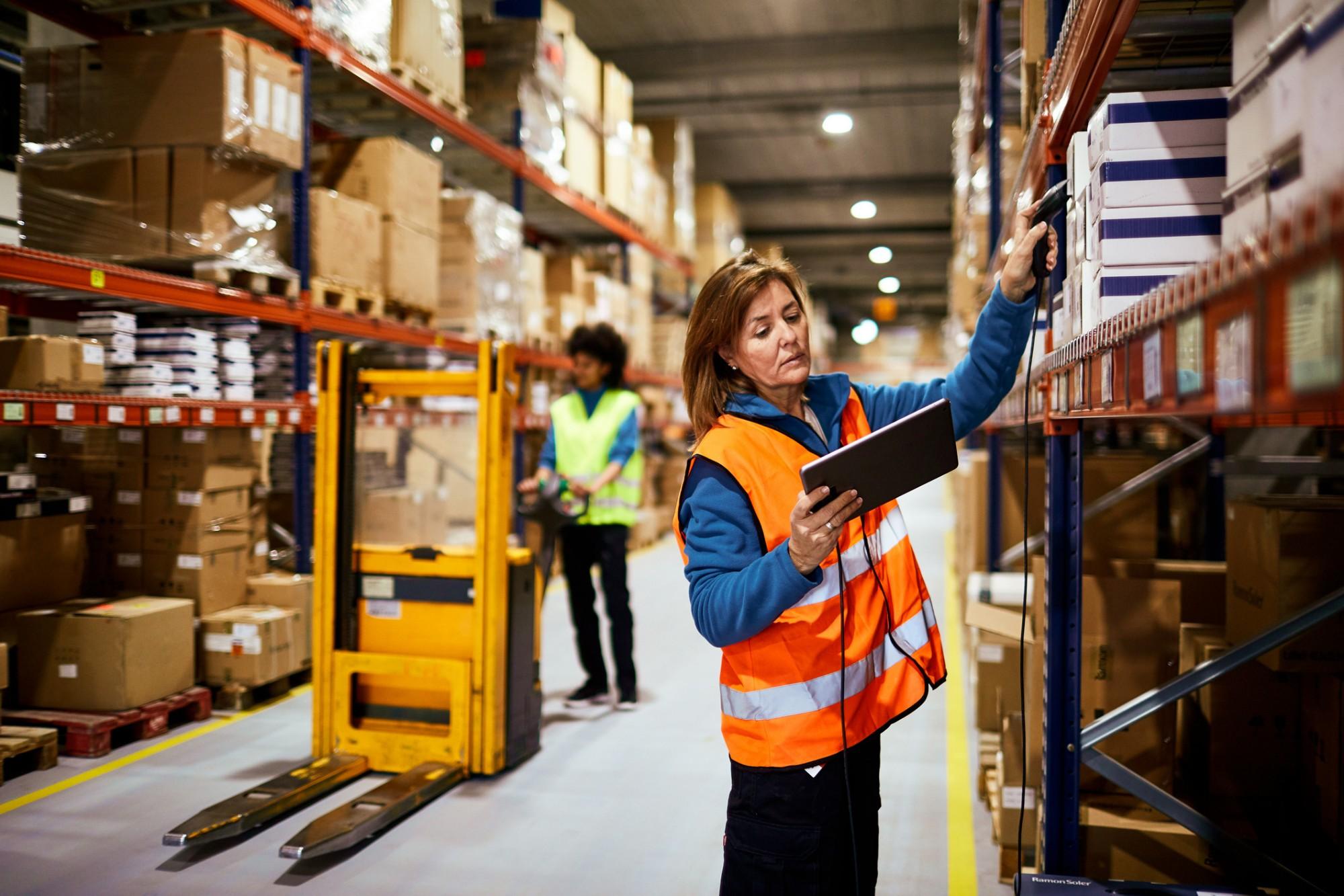 Como evitar mercadorias de ponta de estoque em seu negócio?